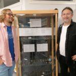 Metalldetektor og historisk utstilling
